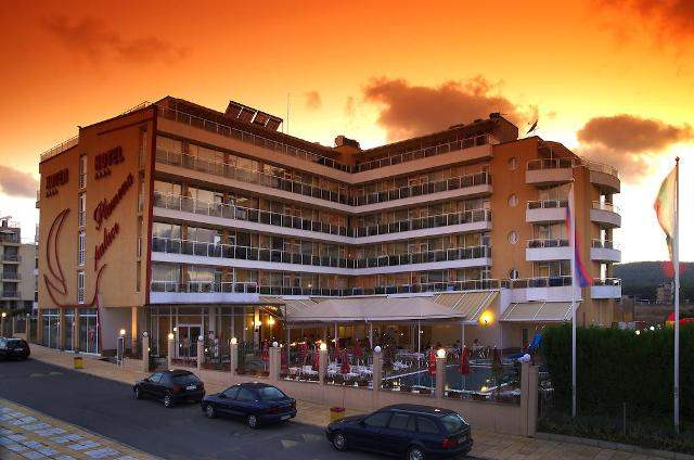 Септемврийска оферта с безпл. нощувки- в Пламена Палас хотел Приморско на цени от 33 лв.