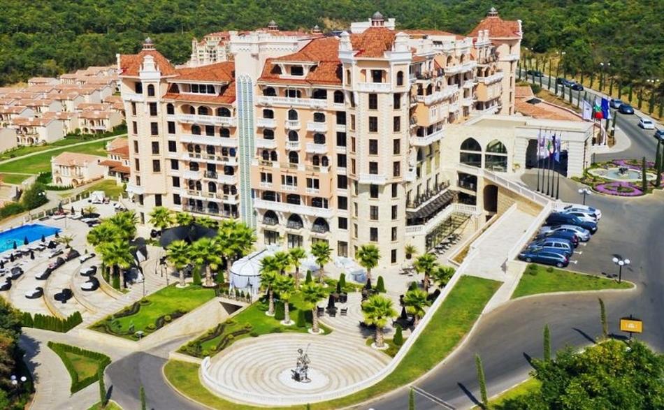 Eлените хотели  10 от Holiday Planet